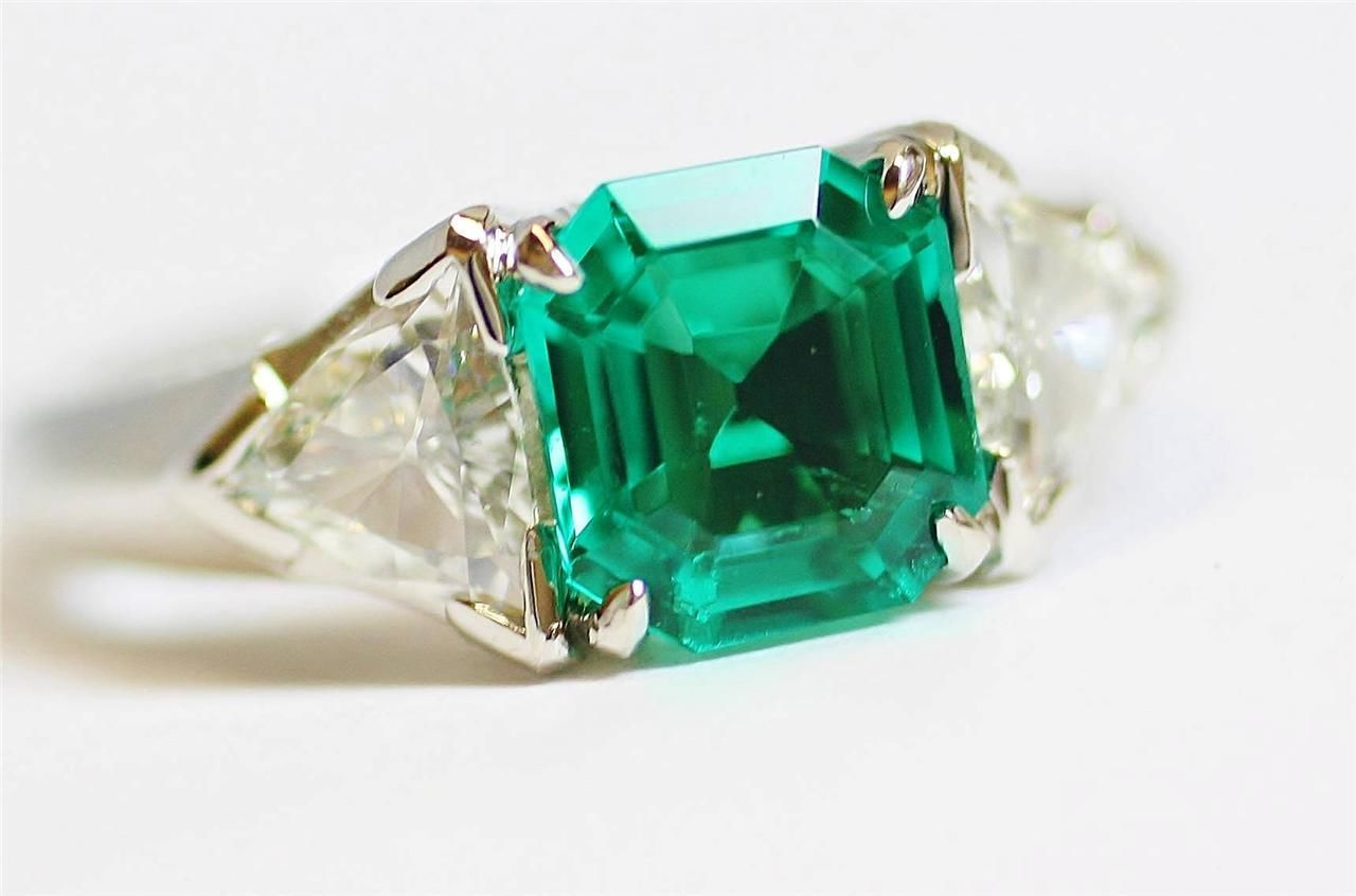 Columbian Emerald Ring
