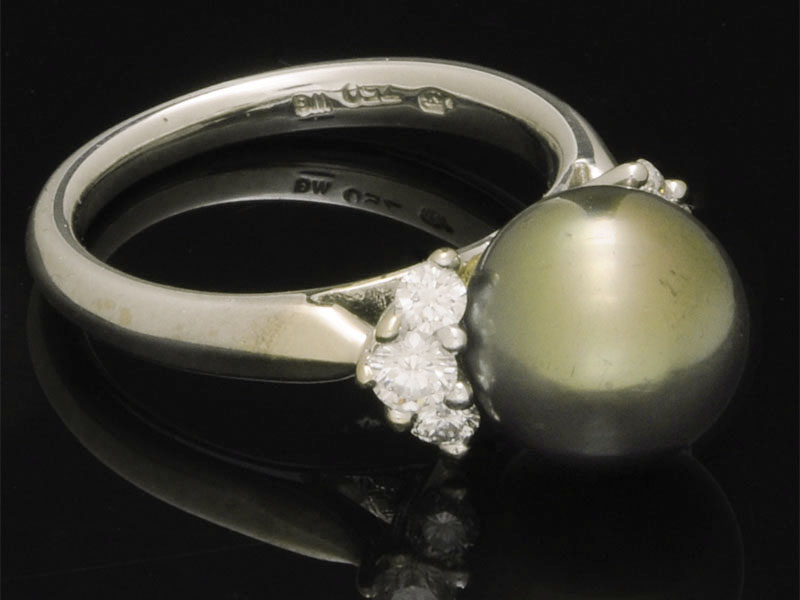 Sell Mikimoto Rings for Cash - New Orleans